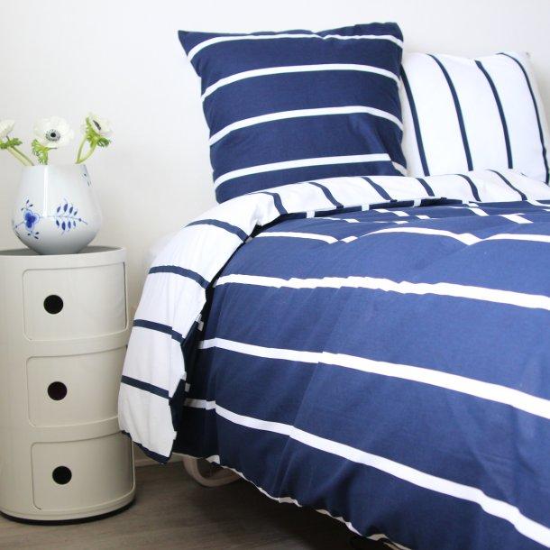 842a876f562 Baby sengetøj, Karla, Bomuld, Blå/hvide striber, 70x100 cm - bySKAGEN